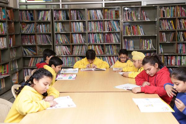 library-club